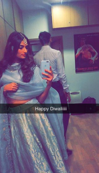 athiya Indian Celebrity Snapchats-25 Indian Celebrity Snapchat Accounts to follow