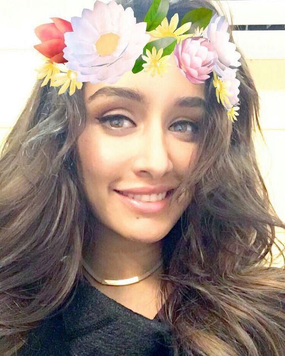 shraddz Indian Celebrity Snapchats-25 Indian Celebrity Snapchat Accounts to follow