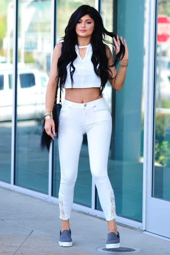 495c1aa1df9f4f31aa8b944935557c1a 18 Most Stylish Kylie Jenner Summer Outfits to Copy This Year
