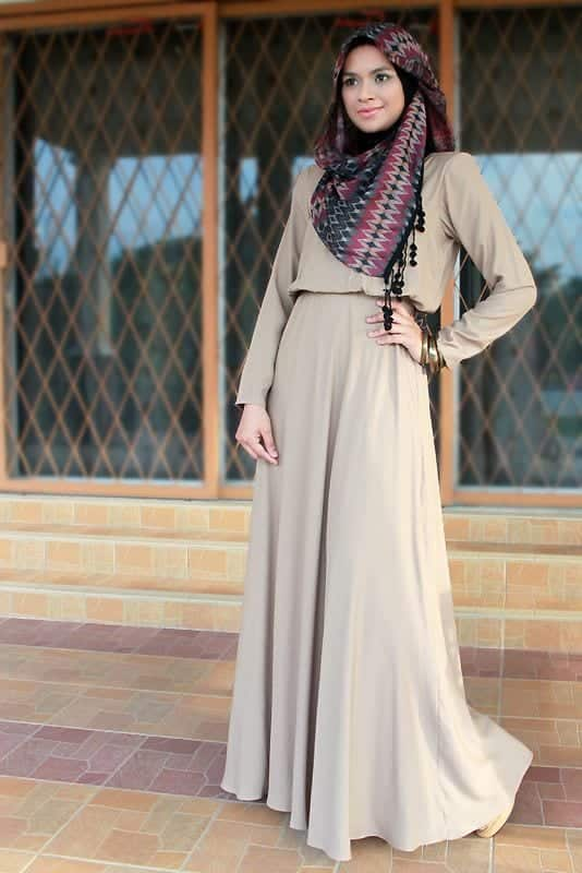 5560c0ff223c8f0956f8abb4a76eded9 25 Western Outfits to Wear with Hijab for Gorgeous Look