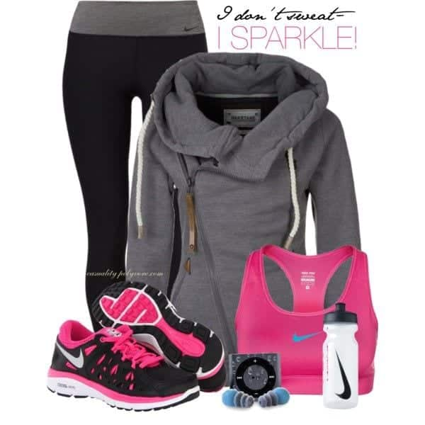 Nike-Sport-Bra-for-workout Winter Workout Outfits-15 Cute Winter Gym Outfits for Women