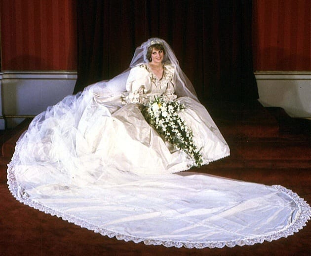 diana 10 Celebrities Who Wore World Most Expensive Wedding Dresses