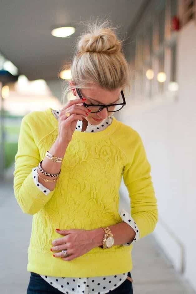 Yellow-sweater-style 18 Cute Outfits to Wear With Knitwear for Girls this Winter