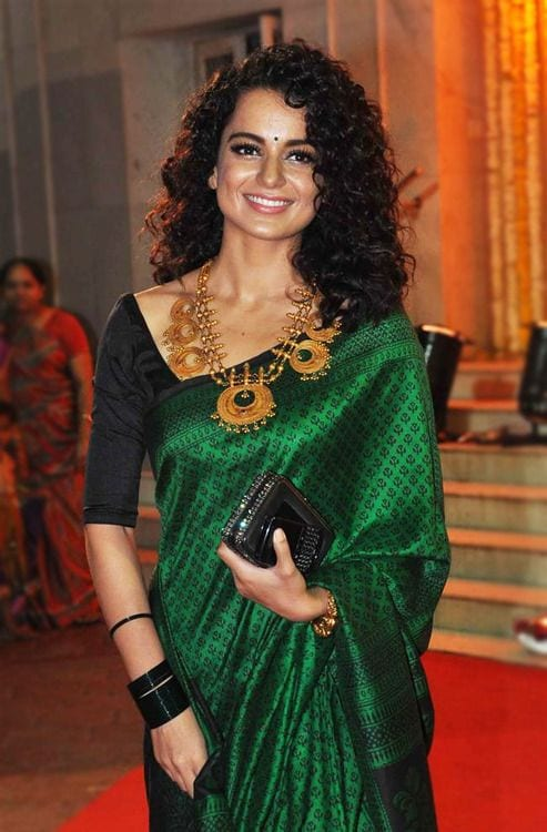 Outstanding Hairstyles For Saree 20 Cute Hairstyles To Wear With Saree Short Hairstyles Gunalazisus