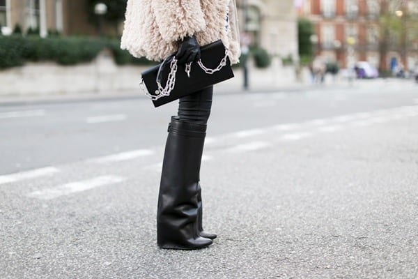 boots 25 Most Popular Winter Street Style Outfit Ideas for Women