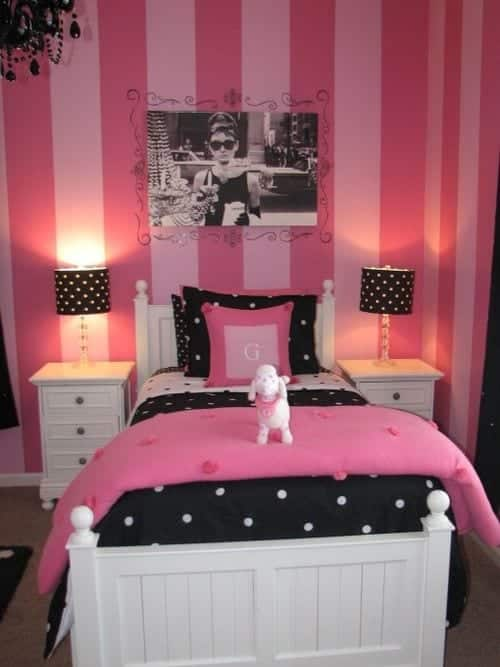 Cute decoration ideas of pink room for girls (1)