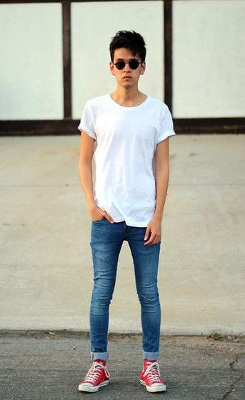 Dressing style for skinny guys