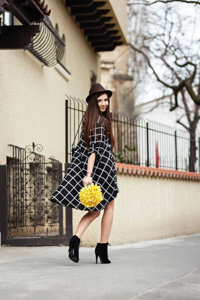 spring-dresses 21 Trending Spring Street Style Outfits for Women This Year