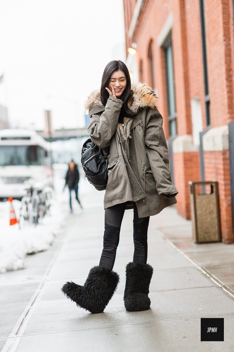 25 Most Popular Winter Street Style Outfit Ideas For Women