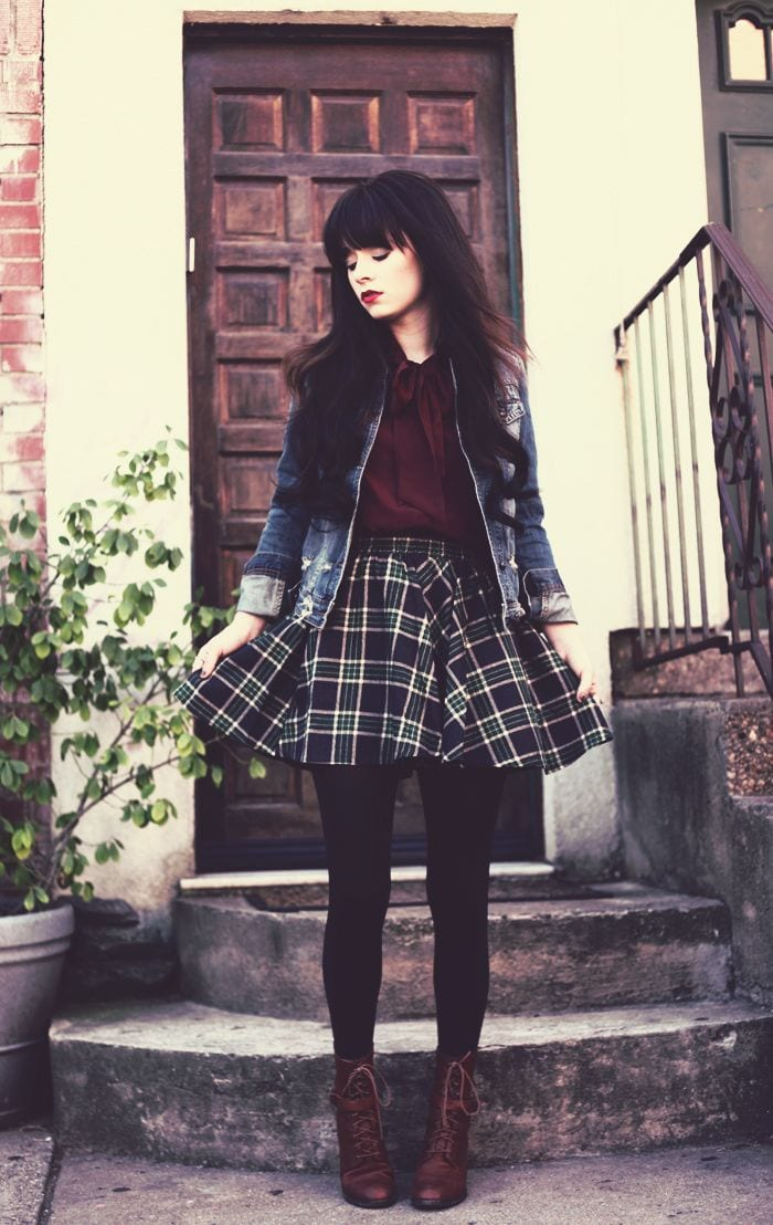 0718a3690fb5a7eb112810fe580e9468 Skater Skirts Outfits -20 Ways to Style Skater Skirts for Chic Look