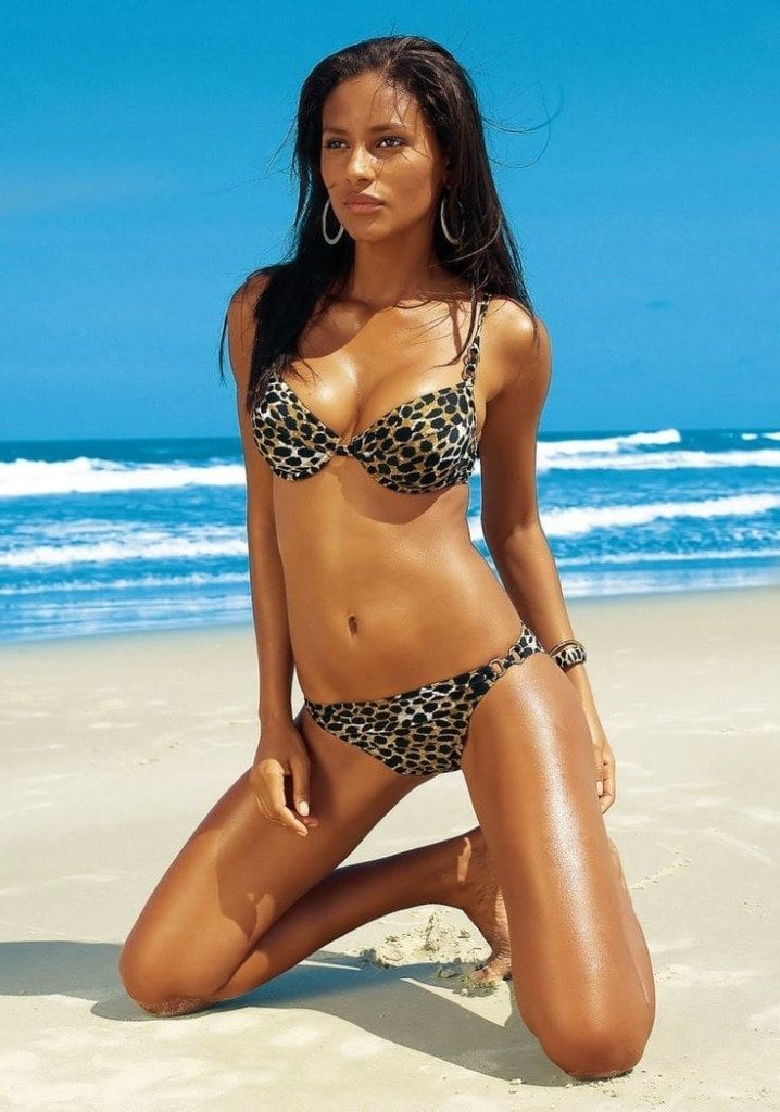 Stylish Swimwear For Black Ladies (5)