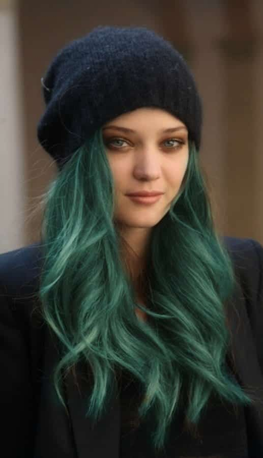 Green hairstyles for girls (9)