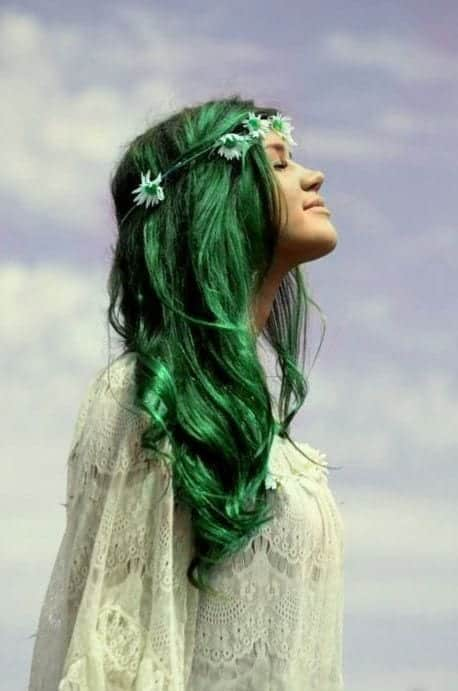 Green hairstyles for girls (10)