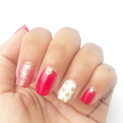 Gold-polka-dot-3-500x500 Bling Nail Desings-How do add a Gold Bling to your Nail Art