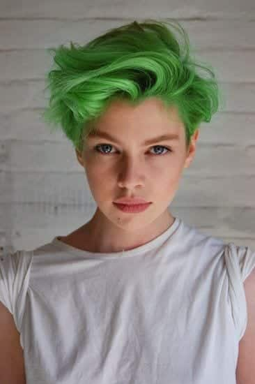 Green hairstyles for girls (5)