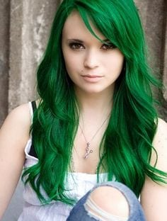 Green hairstyles for girls (1)