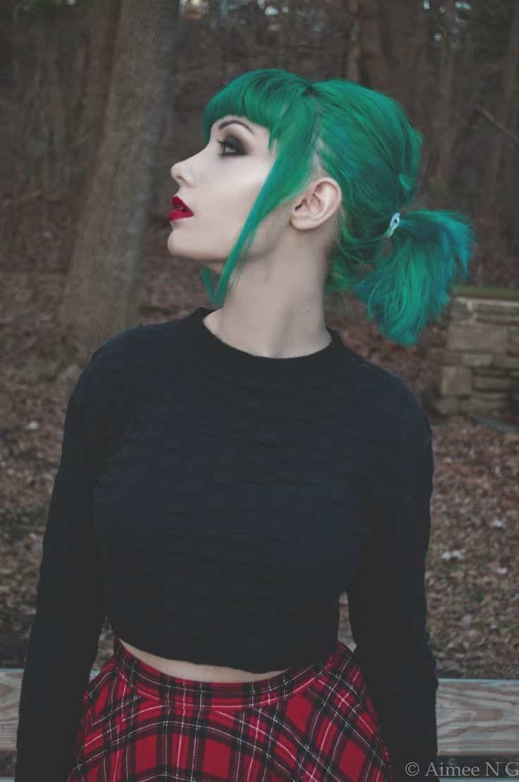 Green hairstyles for girls (4)