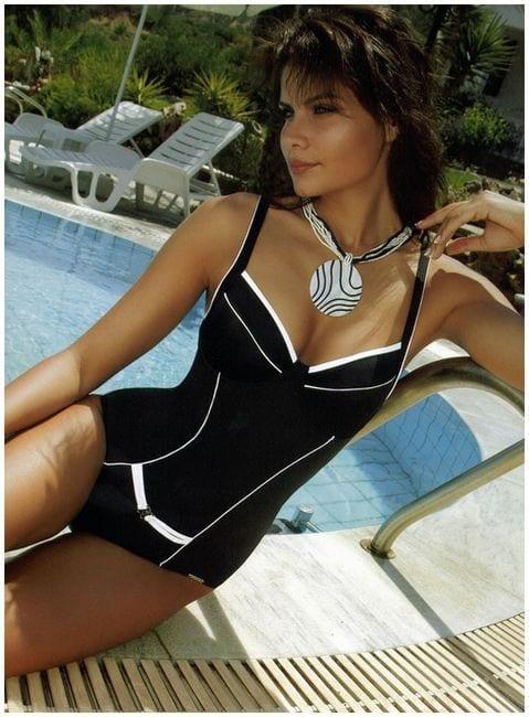 c8939af1653f7bb3850c9d8845c25e4f 18 Best Swimwear Outfits For Black Ladies - Bikini Style