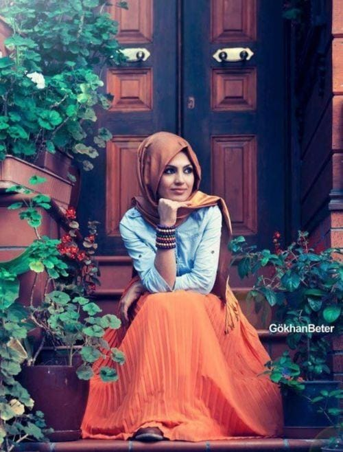 e23955b37865a33439aabf722d5aae67 Hijab Skirt outfits-24 Modest Ways to Wear Hijab with Skirts