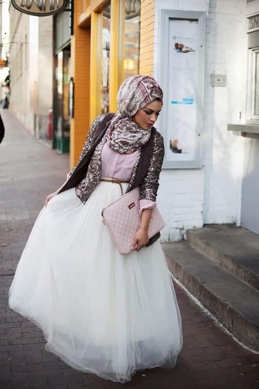 e94774ccf69b3bb5f92a63eaa17cf935 Hijab Skirt outfits-24 Modest Ways to Wear Hijab with Skirts