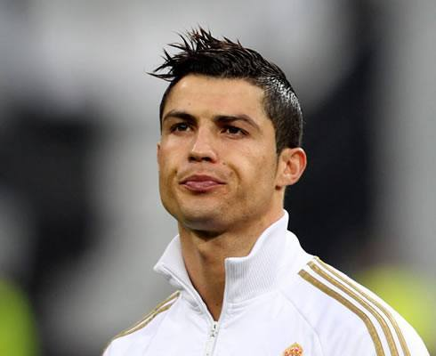 1Cristiano-Ronaldo-new-hairstyle-21013 Cristiano Ronaldo Hairstyles-20 Most Popular Hair Cuts Pics