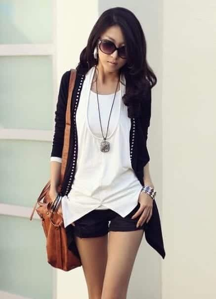 sunglasses-bag-mini-short-korean-girls Korean Women Fashion - 18 Cute Korean Girl Clothing Styles