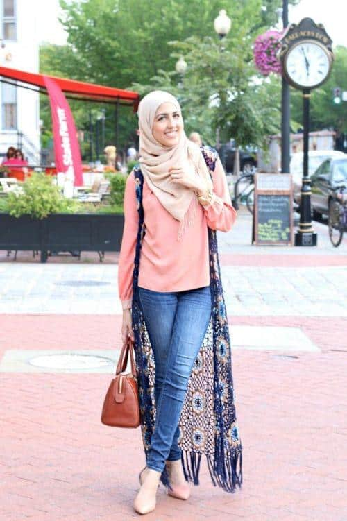 Hijab with jeans style (8)