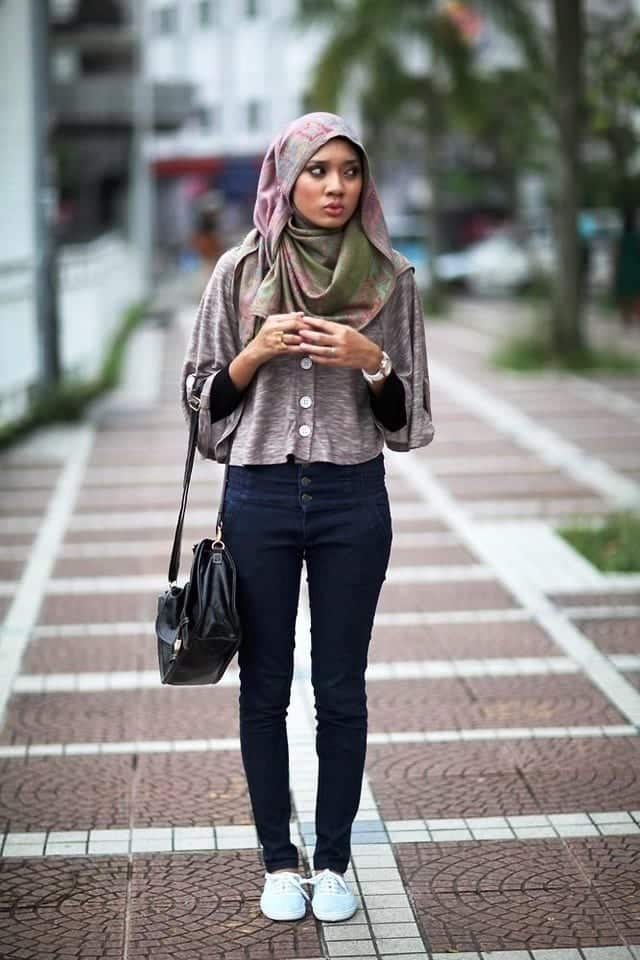 18 ways to wear sneakers with hijab outfit (9)