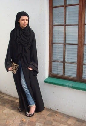 How to style abaya with jeans? (10)