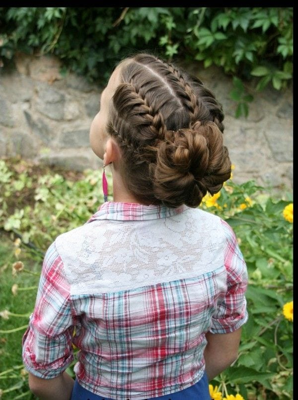 2cc8b1710eb7dc15954fdf2662258e20 18 Cute Hairstyles for School Girls - New Styles And Tips
