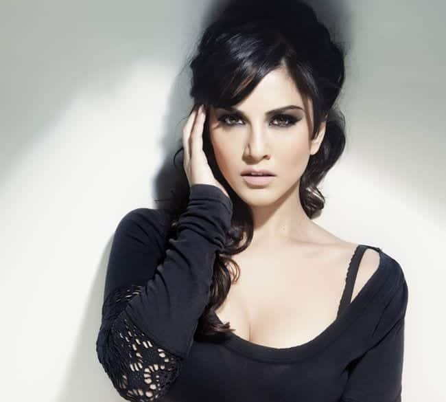 5175a8da60cadce1d8b52341a6cbabd2 20 Best Sunny Leone Hairstyles of All time