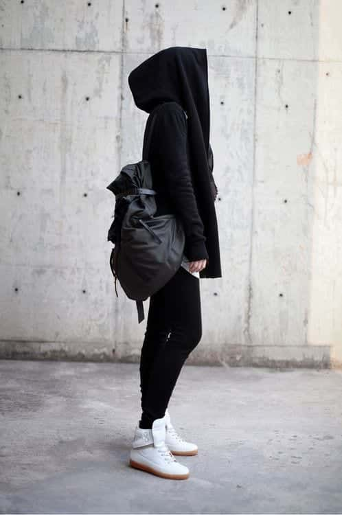 18 ways to wear sneakers with hijab outfit (11)