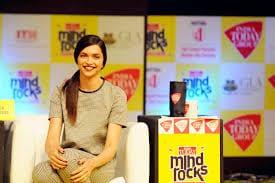 88 Deepika Hairstyles-20 Best Hairstyle of Deepika Padukone