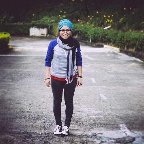 18 ways to wear sneakers with hijab outfit (3)