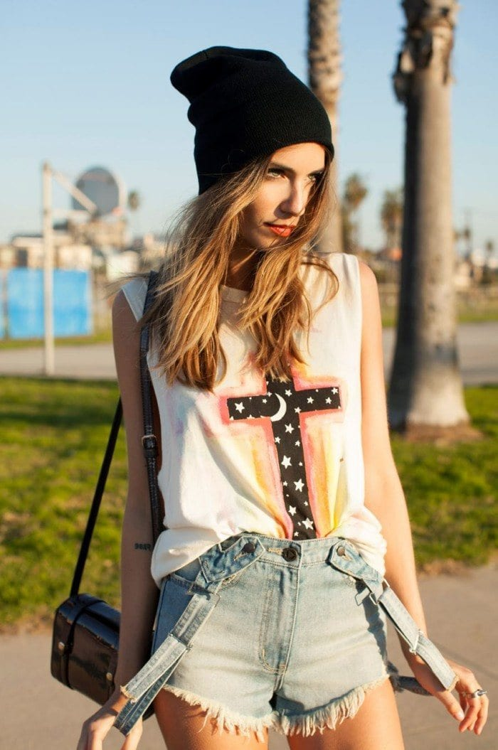 aaa Muscle Tee Outfits-20 Ways to Wear Muscle Tees for Girls Fashionably