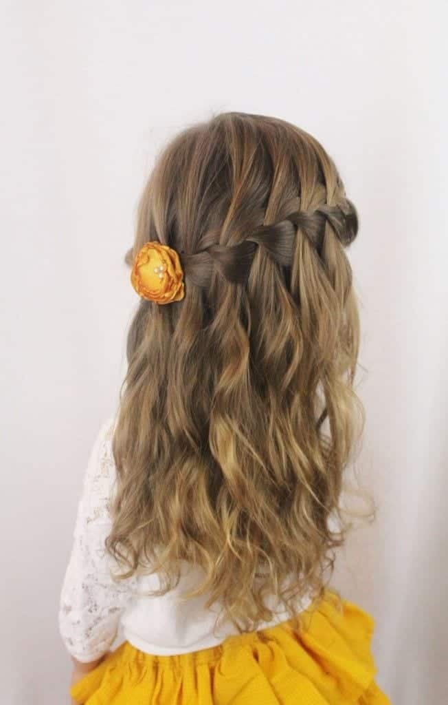 ca8ac68ddc16c6d0f785fe86fb27b73f 18 Cute Hairstyles for School Girls - New Styles And Tips