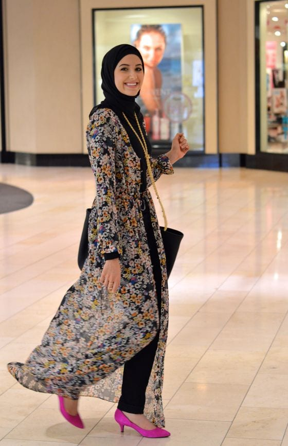 How to style abaya with jeans? (7)