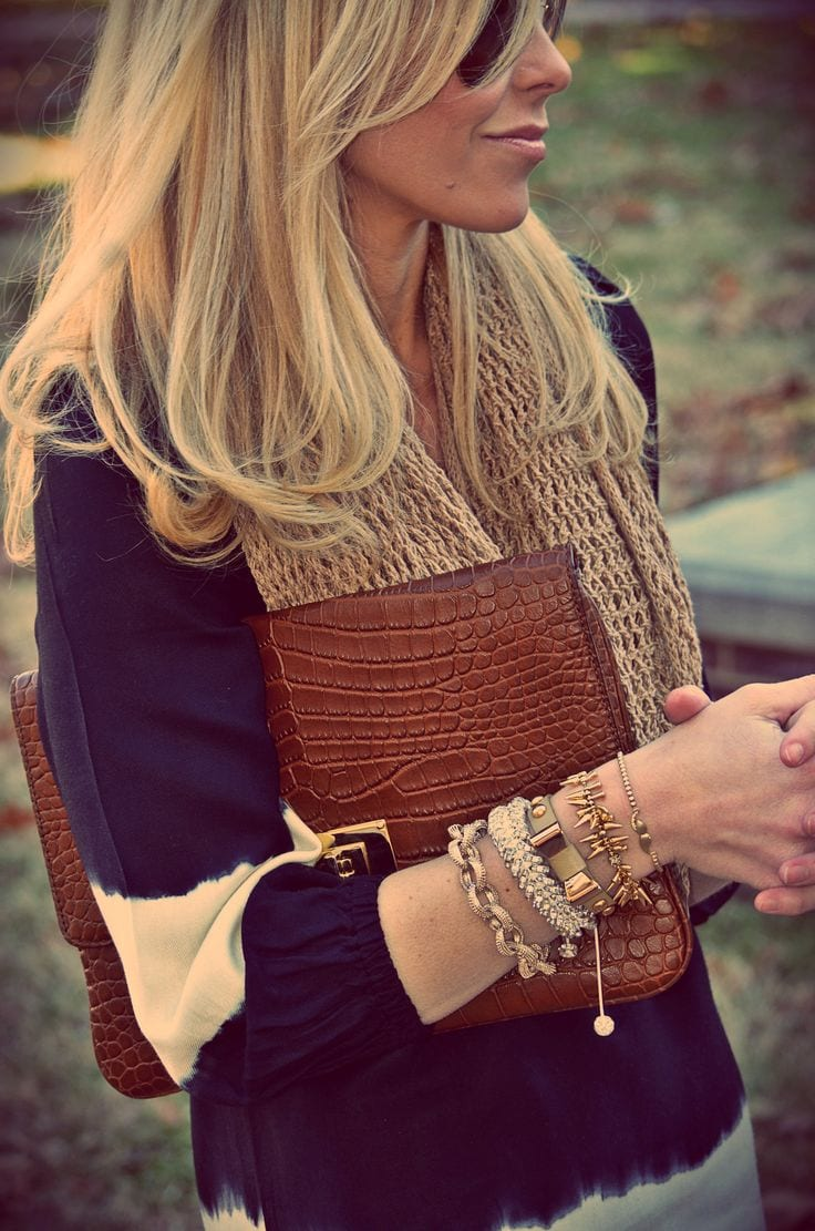 gold-bracelet-stack 18 Cute Spring Outfits for School Girls - Fashion and Tips
