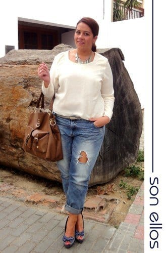 pb3-329x500 18 Plus size Women Boyfriend Jeans Outfits Combinations