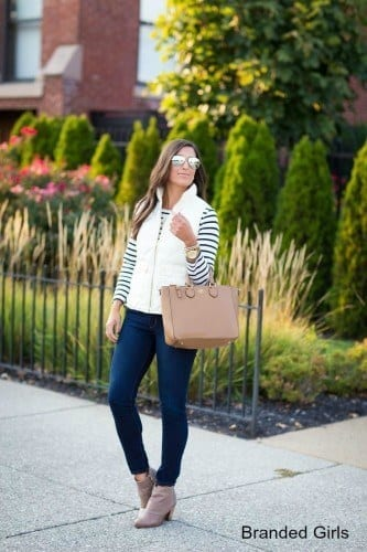 Simple outfits to wear with puffy vests (13)