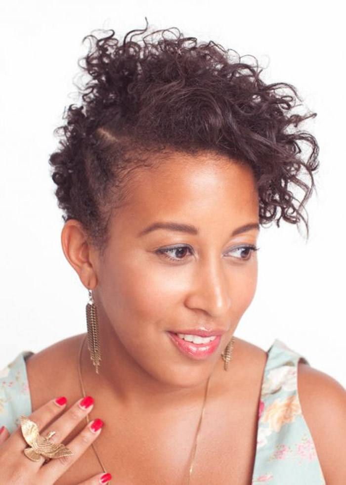 201 25 Cute Short Curly Hairstyles for Black Women These Days