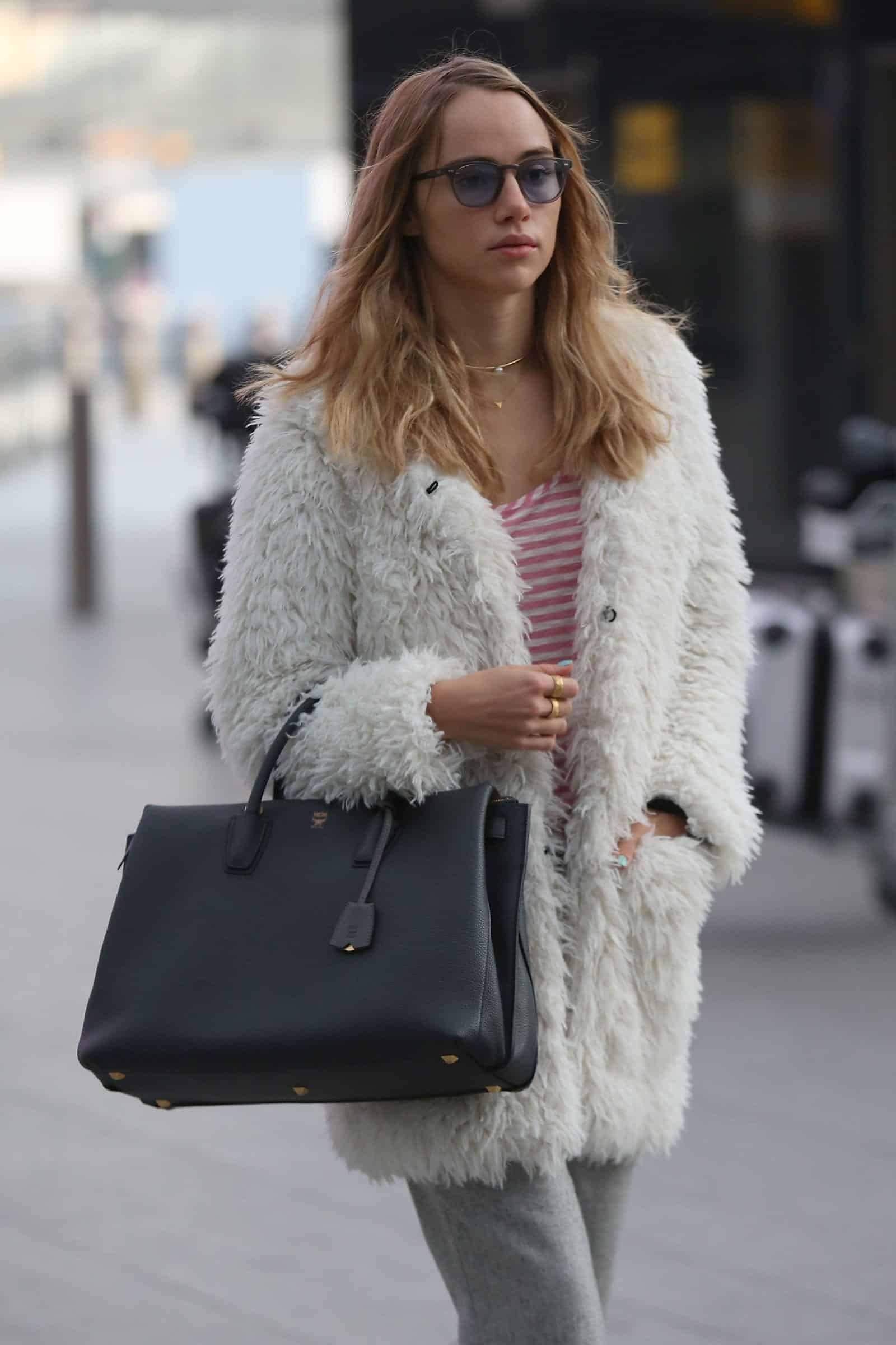 10 Must Have Winter Fashion Accessories for Women This Year