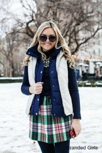 Simple outfits to wear with puffy vests (3)