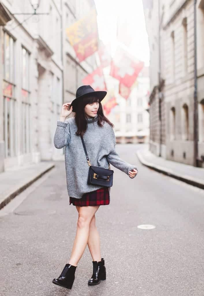 tn3-707x1024 How to Wear Turtle Neck Sweater? 24 Cute Outfit Ideas