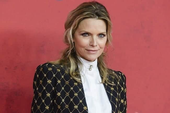 michelle-pfeiffer Stylish Older Women-30 of the Most Fashionable Aged Women Alive