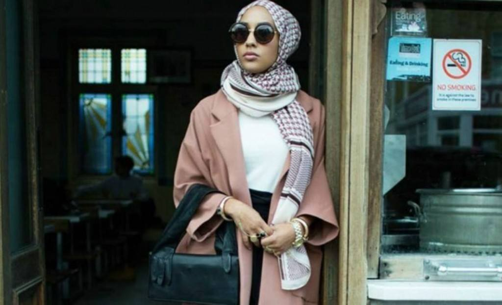 2-1024x622 Hijabi Actresses - Top 10 Celebrities Who Wear Hijab