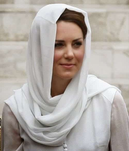 Hijab-Kate-Middleton11 Hijabi Actresses - Top 10 Celebrities Who Wear Hijab
