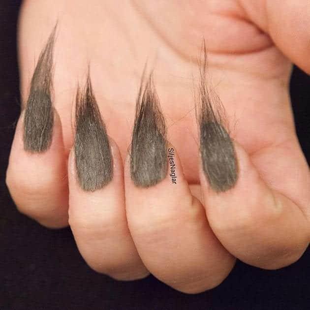 #18 - Spiky Grey Cool Fur