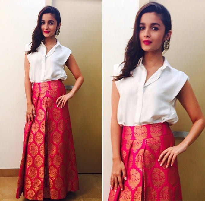 #1 - Payal Khandwala Glamorous Diwali Outfit