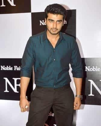 1-Slim-Fit-Pants-and-Tailored-Shirt-Outfit Arjun Kapoor Outfits-30 Best Dressing Styles of Arjun Kapoor to Copy